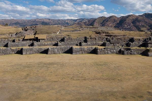 saqsayhuaman_ruins_cusco.jpg