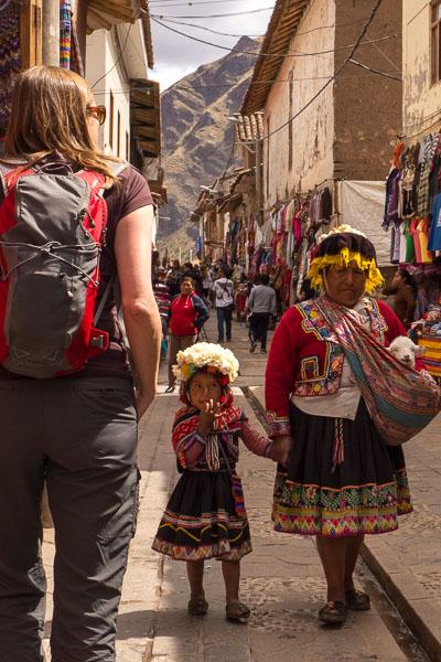 traditional dress v travelling dress, Pisac market.