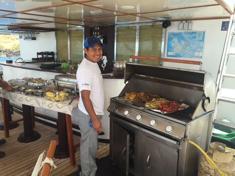 barbeque_onboard_anahi_galapagos.jpg