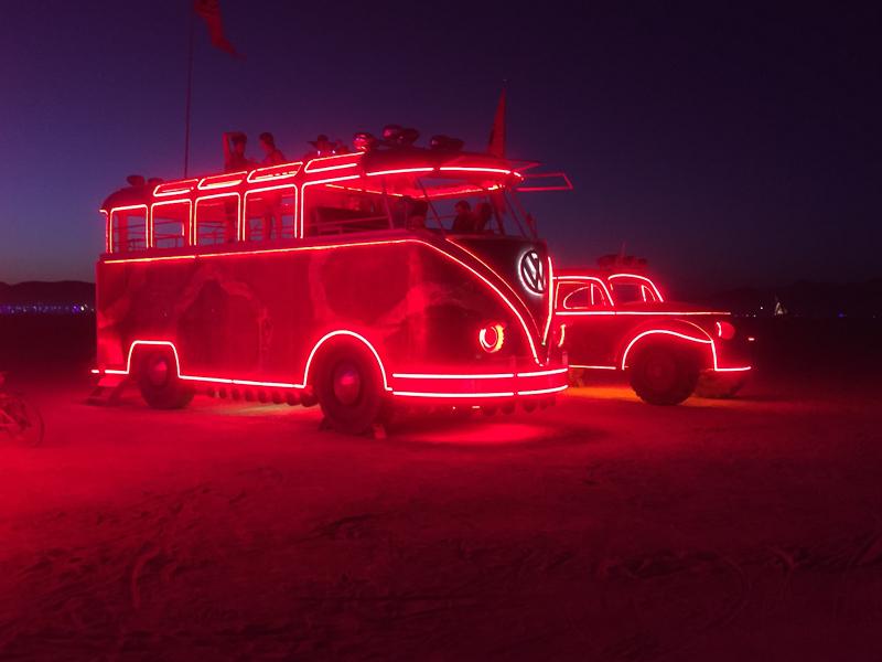mutant_vehicles_lit_up_burning_man.jpg