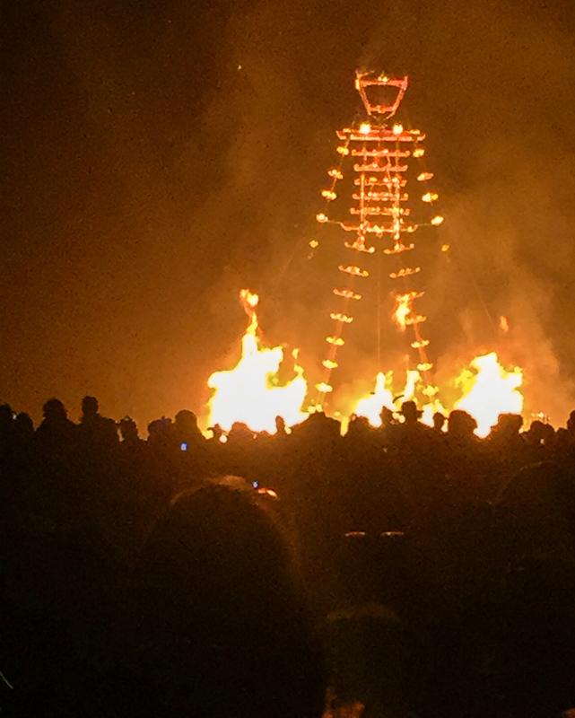 the_man_burns_burning_man.jpg