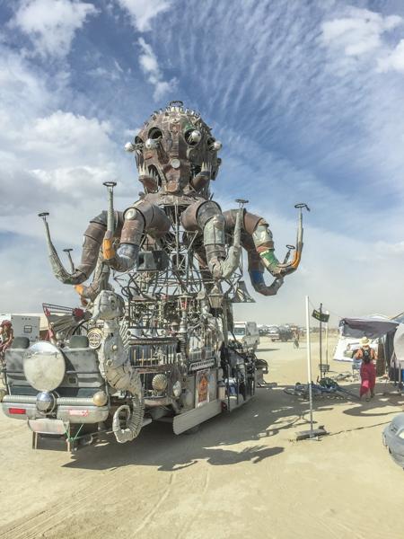 el_pulpo_mecanico_burning_man.jpg
