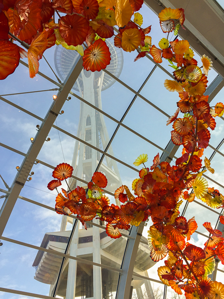 inside_chihuly_garden_and_glass.jpg
