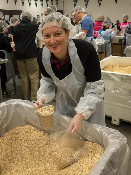 volunteering_oregon_food_bank_portland.jpg