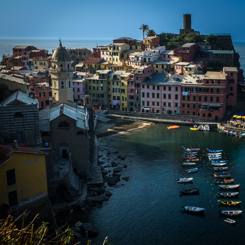 view_of_vernazza_cinque_terre_italy.jpg