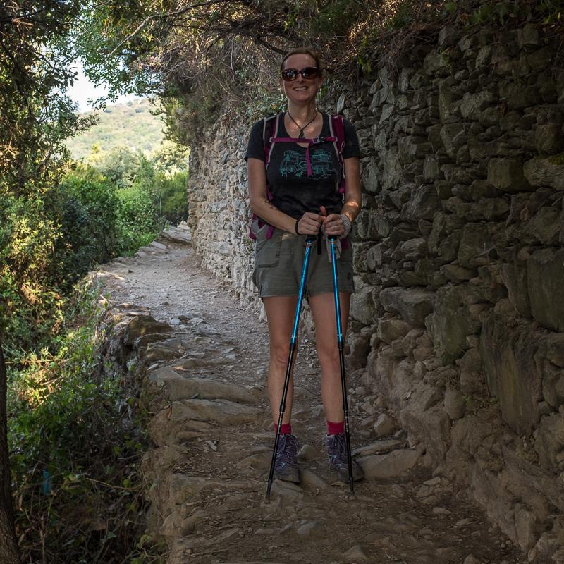 walking_the_cinque_terre_italy.jpg