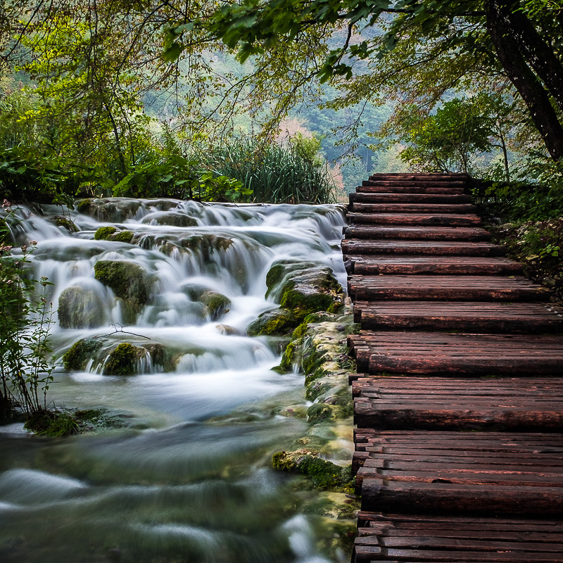 plitvice_national_park_waterfall_3.jpg