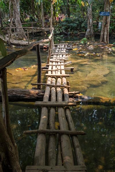 wooden_platform_at_the_top_of_kuang_si_waterfalls_luang_prabang.jpg