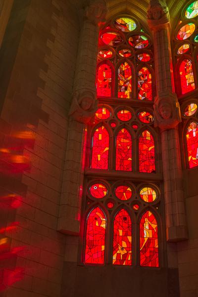 inside-sagrada-famílía-beautiful-stain-glass-windows.jpg