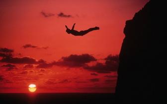 cliff-diver.jpg