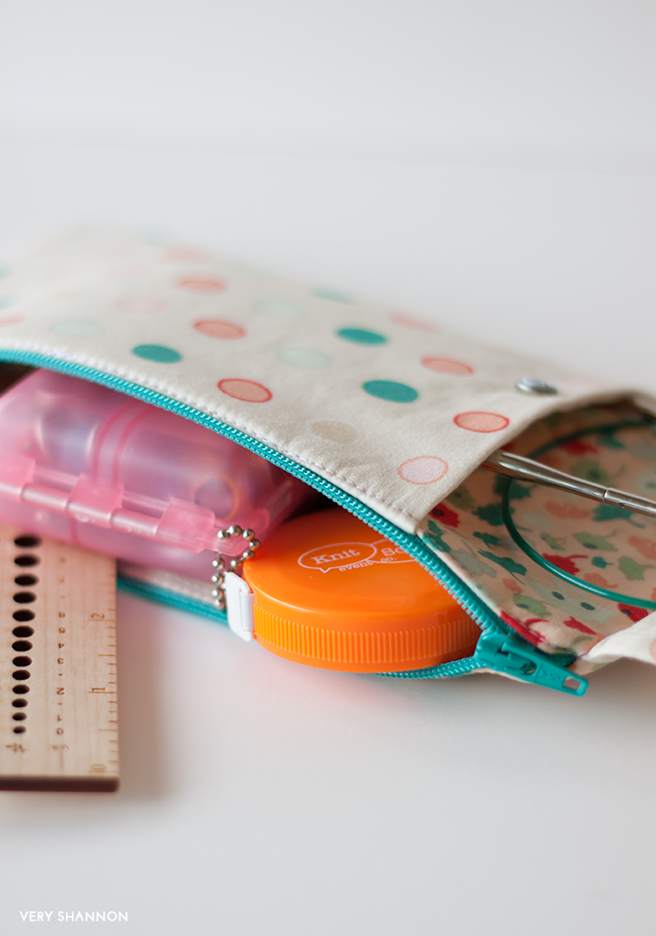 BRIGITTE NEEDLES & NOTIONS ZIPPERED POUCH TUTORIAL FREE ON VERY SHANNON