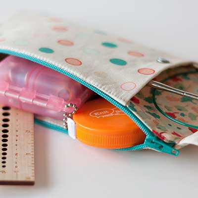 Brigitte Needles and Notions Zippered Pouch Tutorial