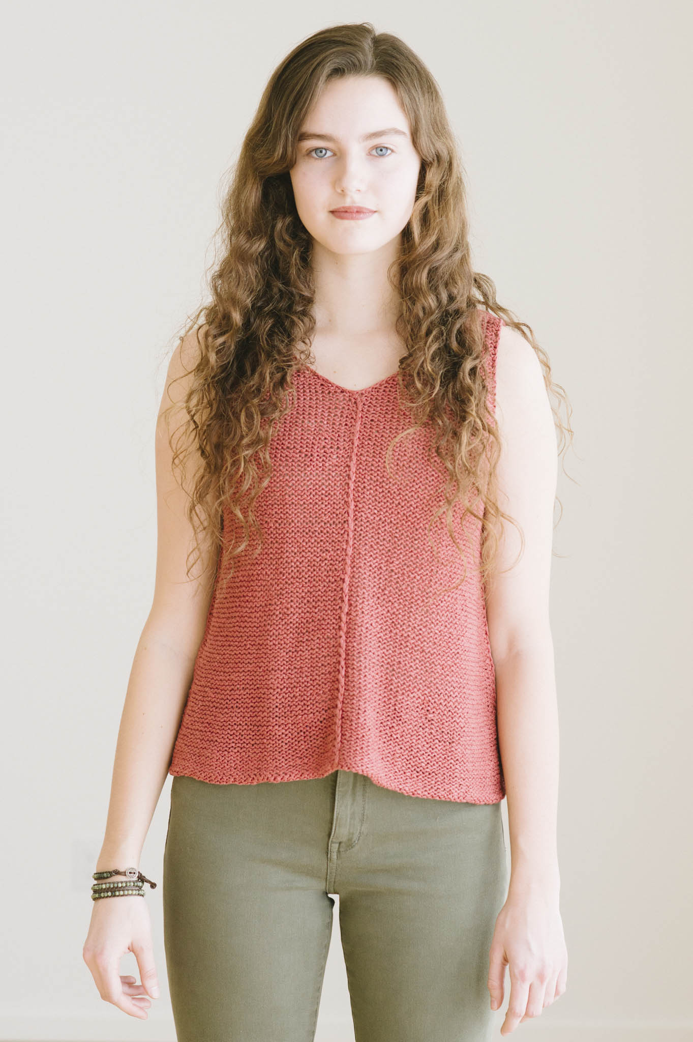 quince-co-tamsin-dawn-catanzaro-knitting-pattern-kestrel-1.jpg