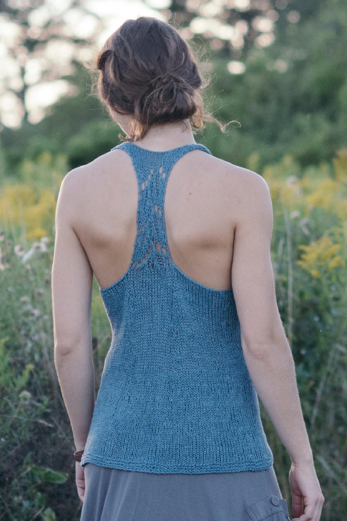 quince-co-ripley-leah-b-thibault-knitting-pattern-kestrel-2.jpg