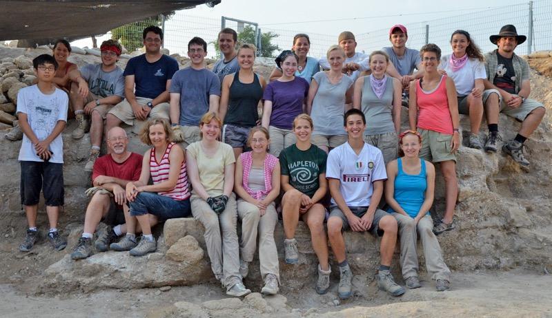Grid 47 staff and volunteers in 2012 (first half of season)