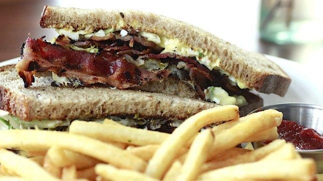 bacon sandwich.jpg
