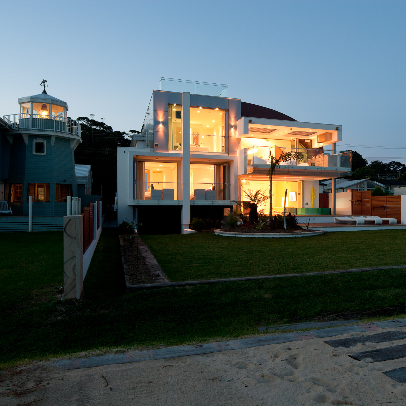 long beach house 16.jpg