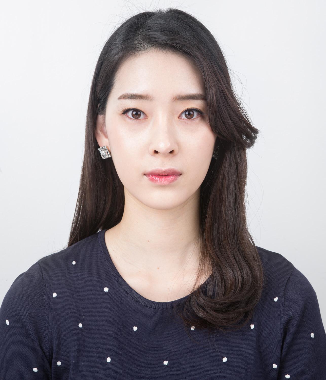011_Min ju Kang, 26 years old.jpg