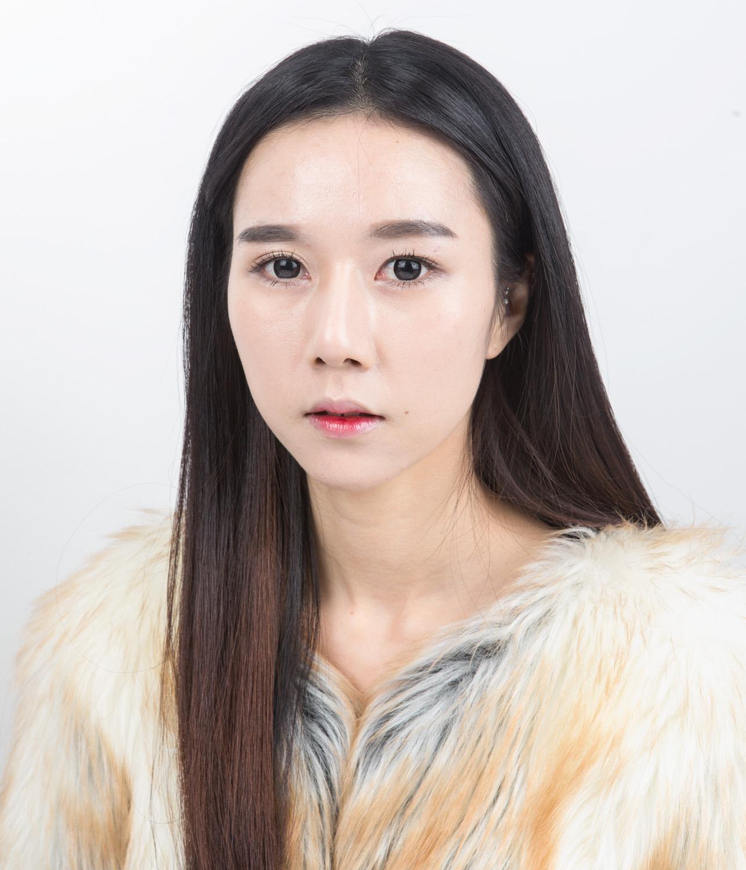 026_Hee ja Ahn, 26 years old.jpg