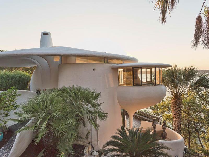 John Watson - Bringing organic modernism to Austin
