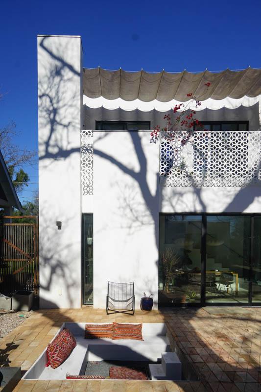 Casa marrakech back yard-2.jpg