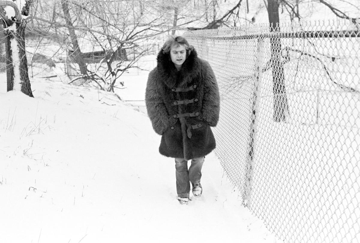 1973-03_buffalo_coat.jpg