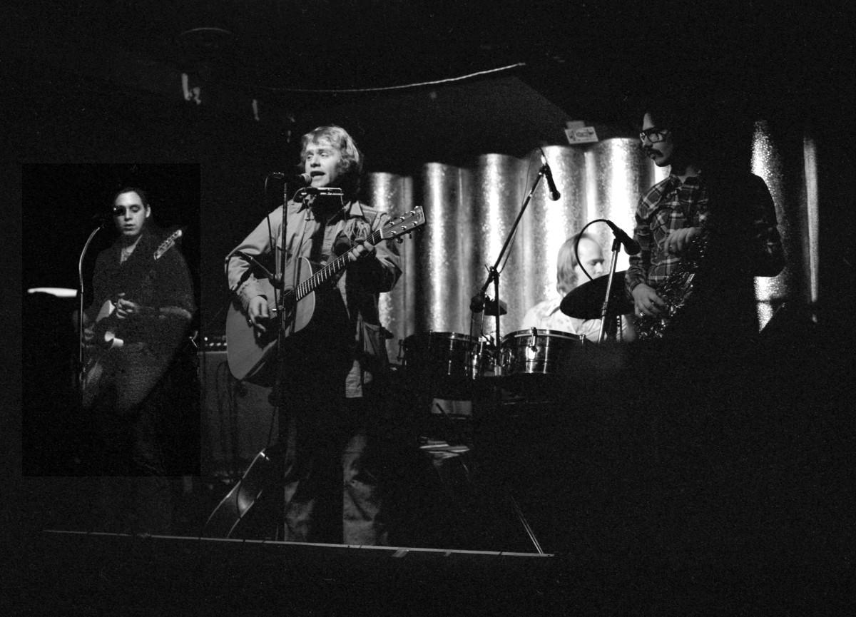 Sundog performing at El Mocambo in 1977