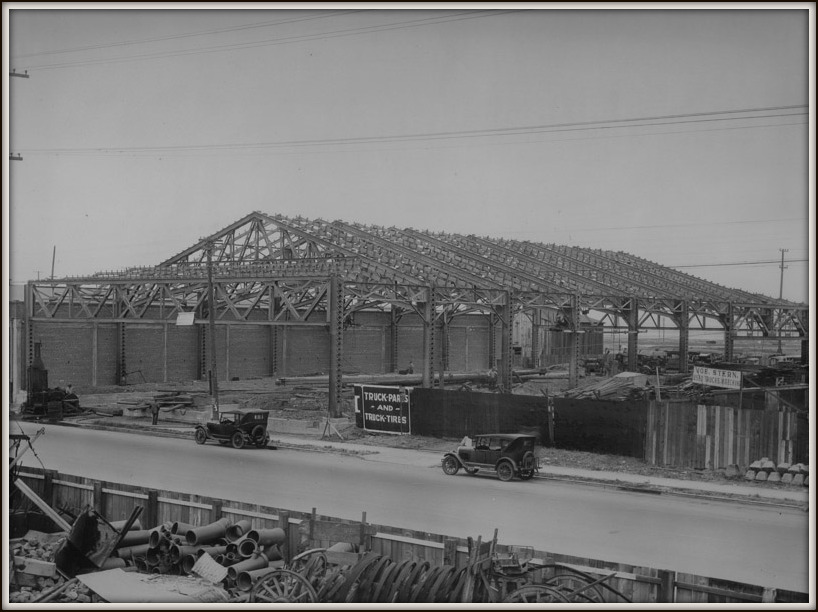 Construction of shop in Oakland in 1927