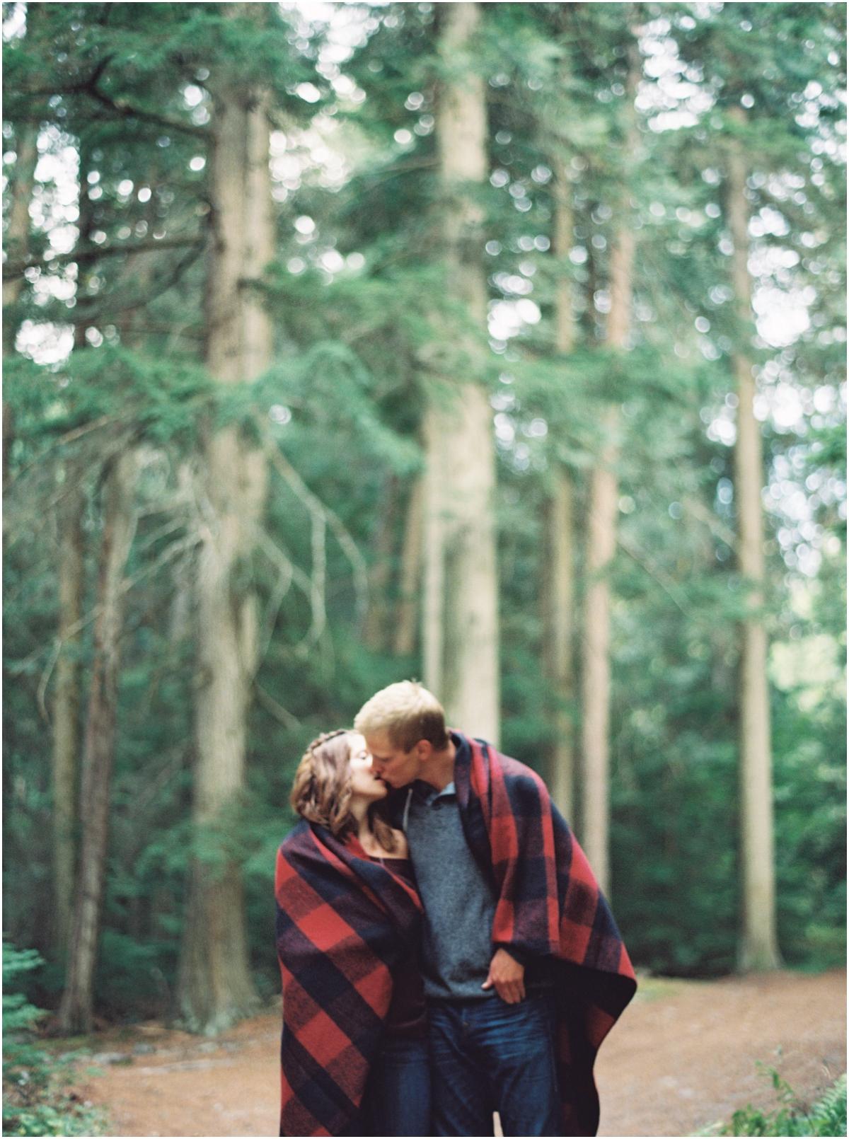 Glacier-Park-Engagement-Photographers0014.JPG
