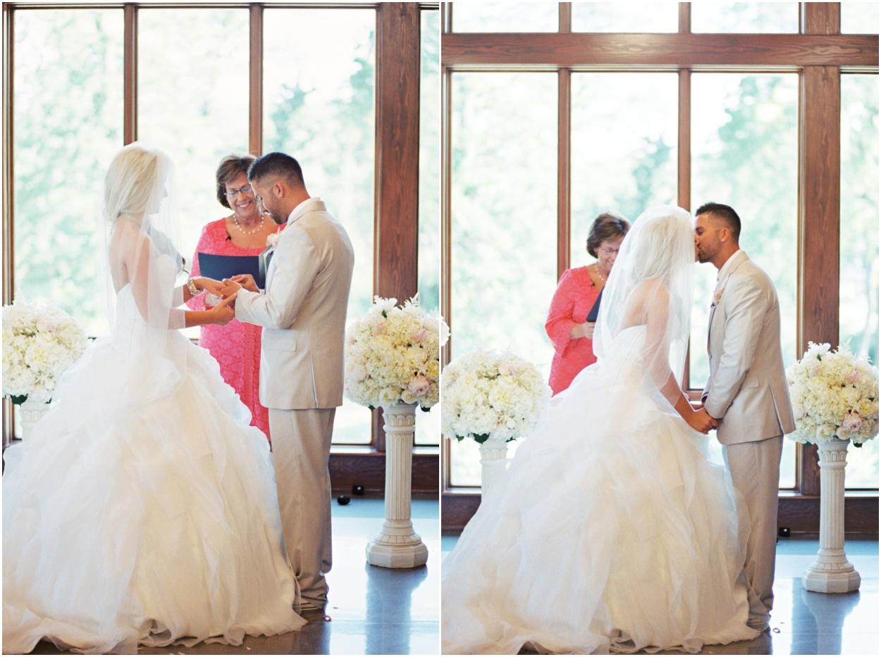 Colombus_Ohio_Film_Wedding_Photographer0027.jpg