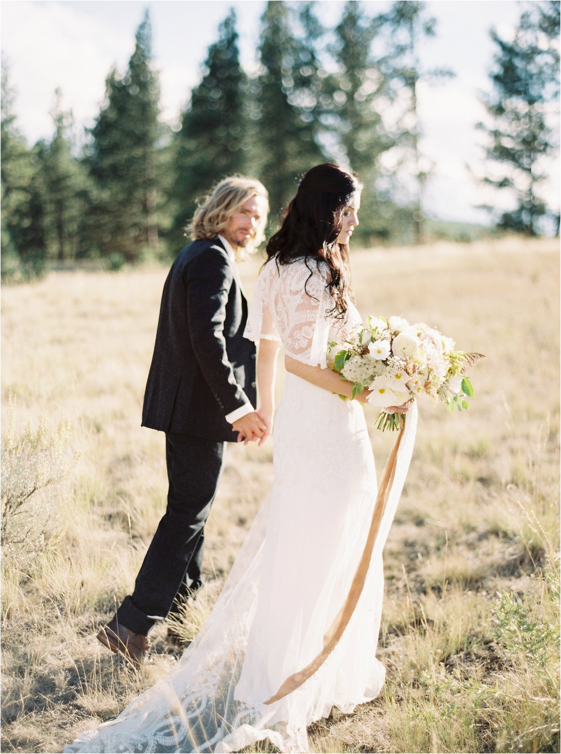 montana_wedding_jeremiahrachelphotography_resort_at_paws_up0011.JPG
