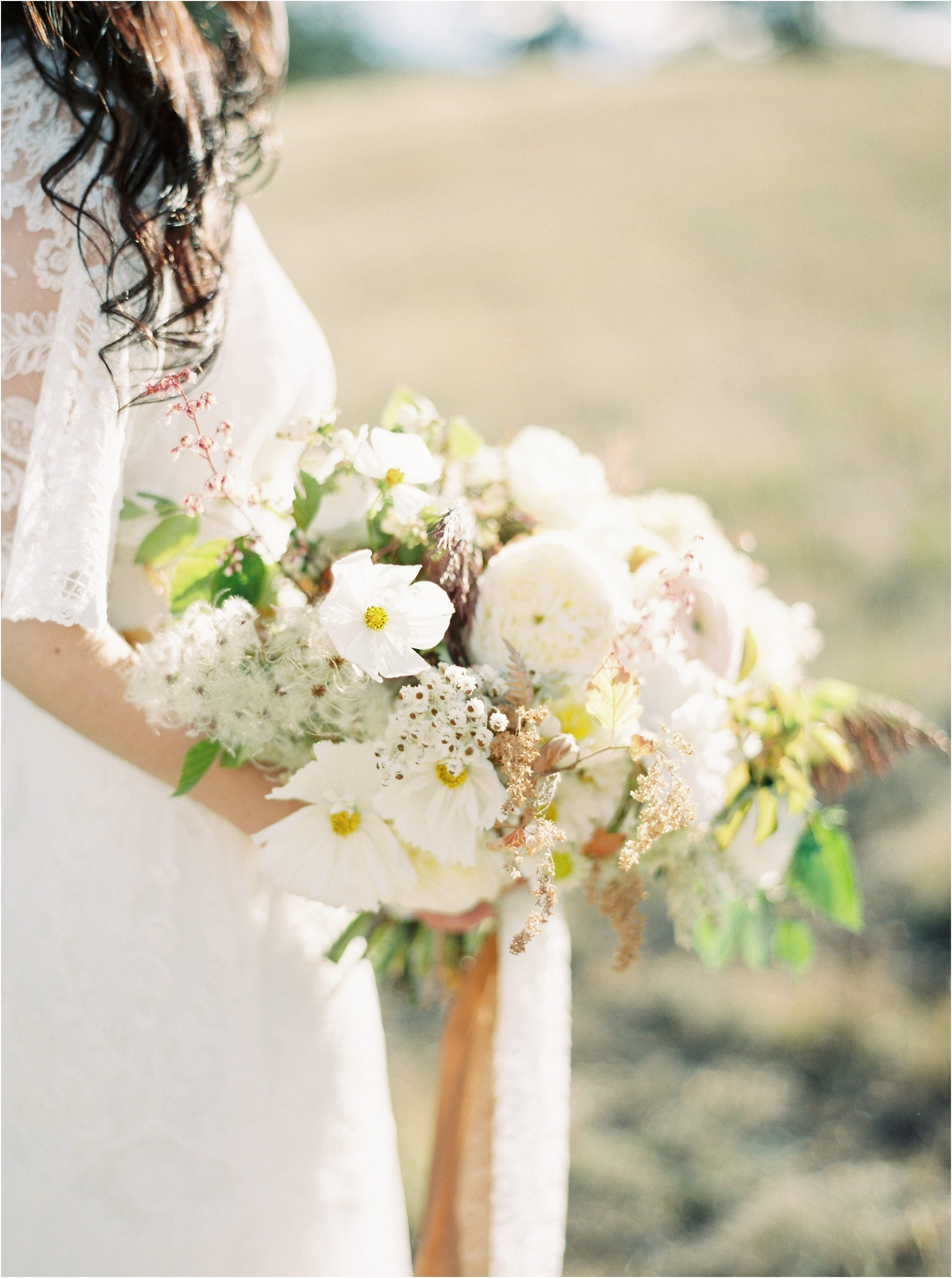 montana_wedding_jeremiahrachelphotography_resort_at_paws_up0018.JPG