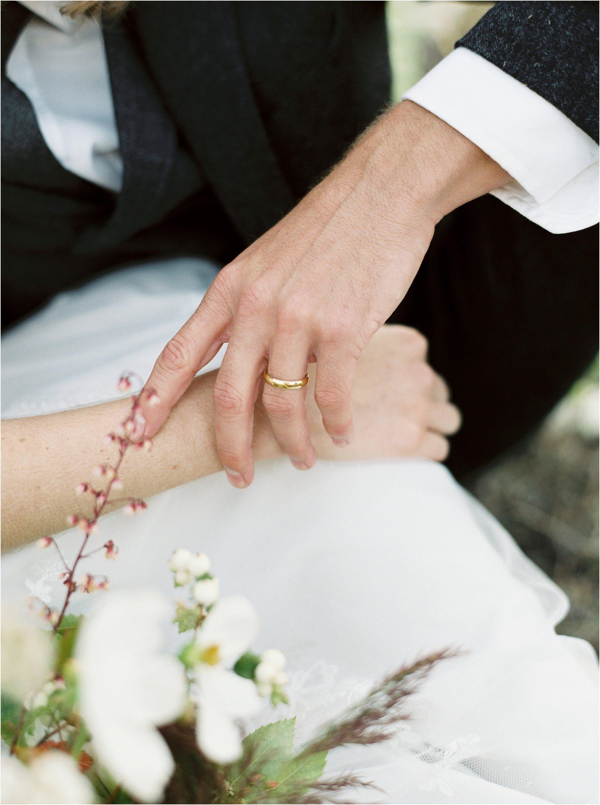 montana_wedding_jeremiahrachelphotography_resort_at_paws_up0021.JPG