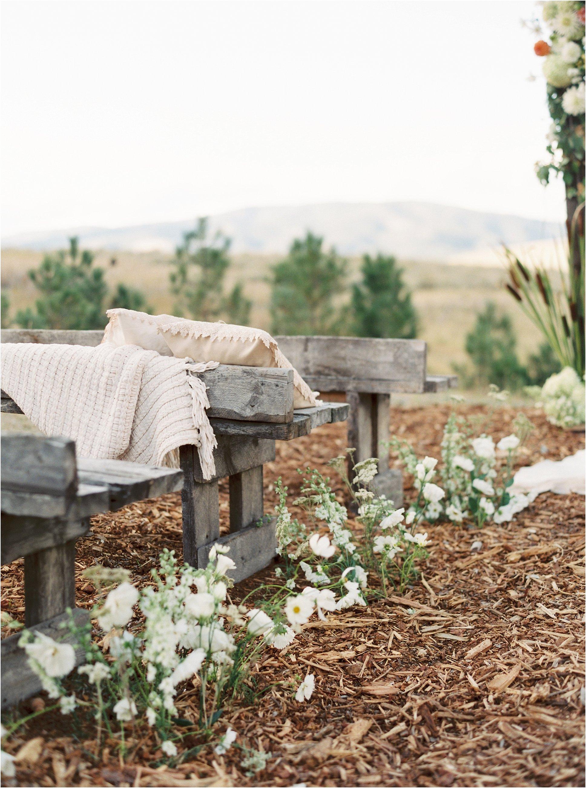 montana_wedding_jeremiahrachelphotography_resort_at_paws_up0030.JPG