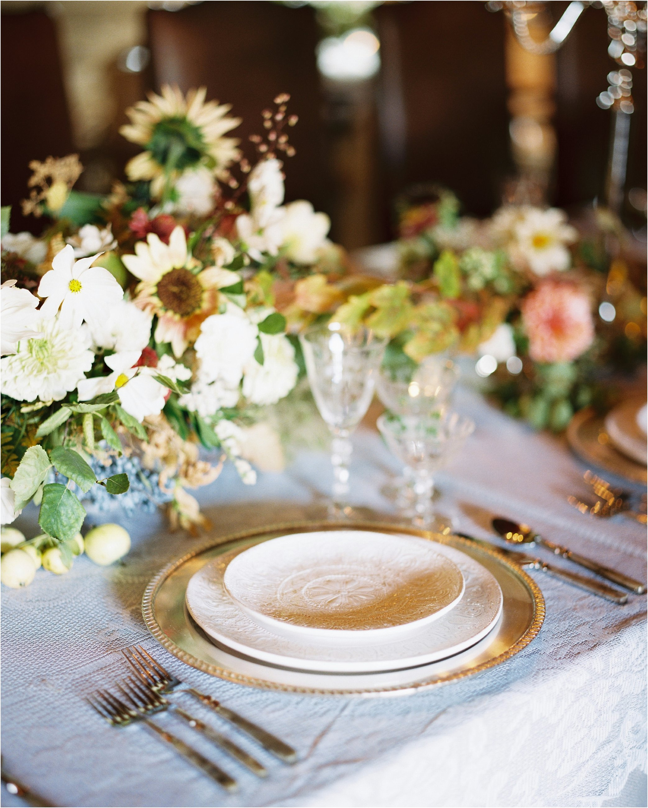 montana_wedding_jeremiahrachelphotography_resort_at_paws_up0042.JPG