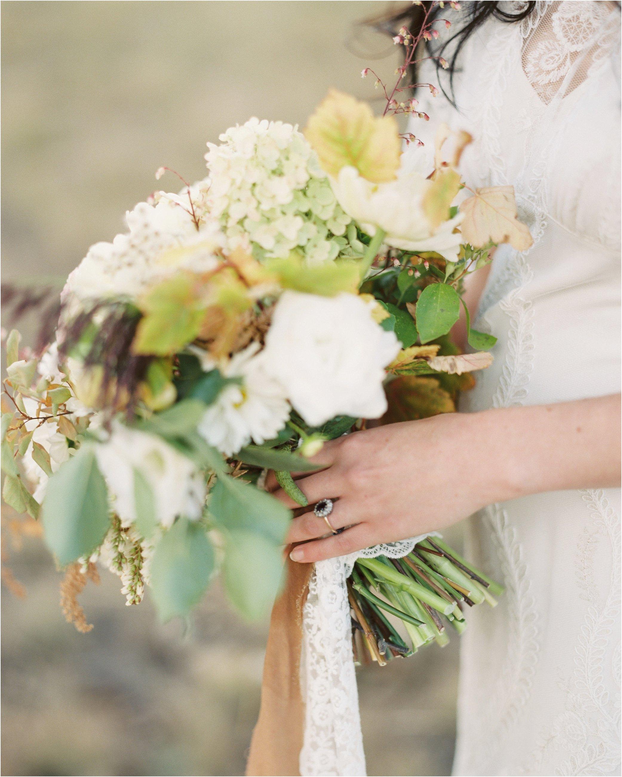 montana_wedding_jeremiahrachelphotography_resort_at_paws_up0067.JPG