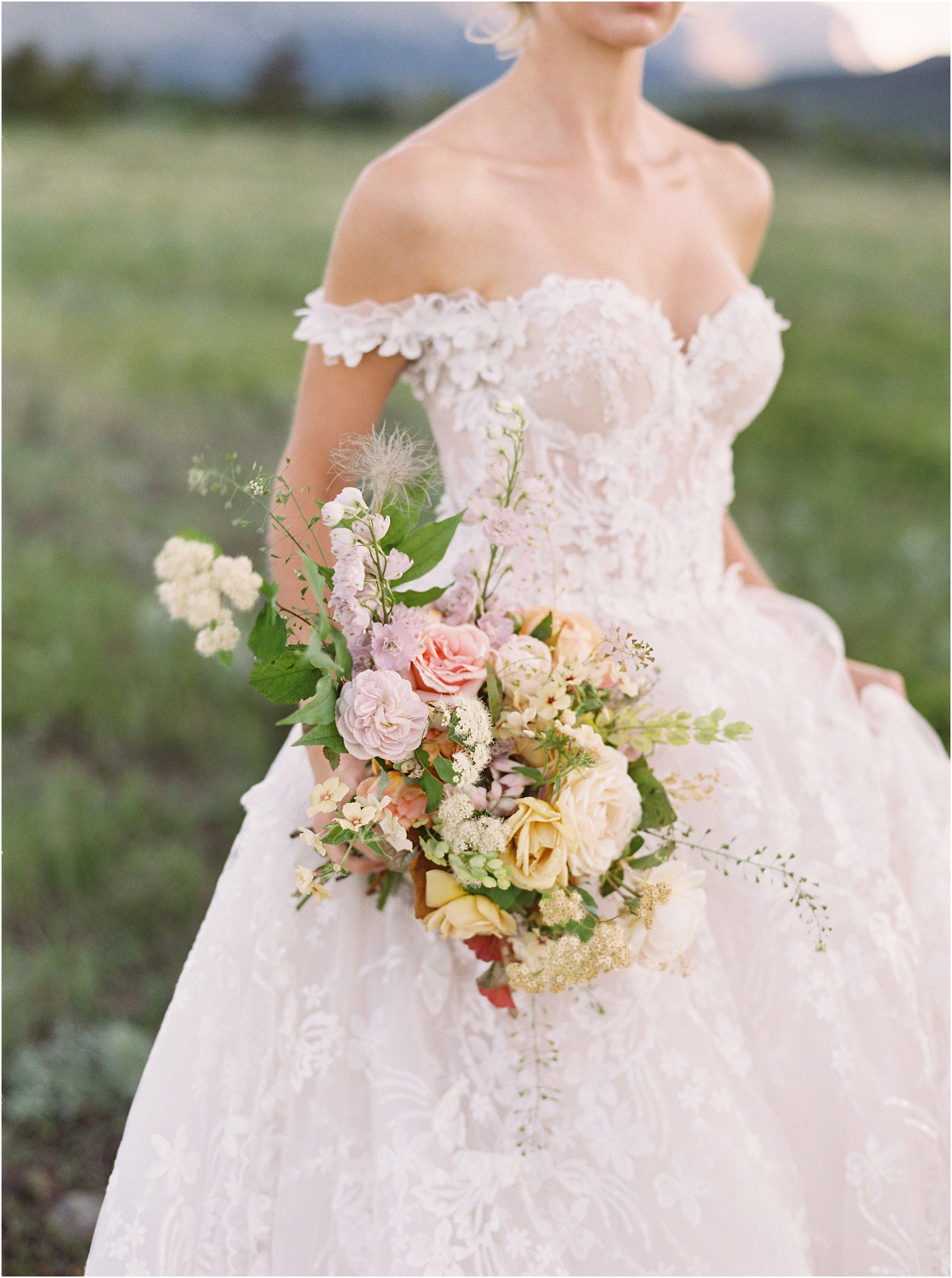 ©Jeremiah & Rachel Photographywww.jeremiahandrachel.comStyling & Florals: Kelly Lenardhttp://www.kellylenard.comWedding Gown: Galia Lahavhttps://www.galialahav.com/