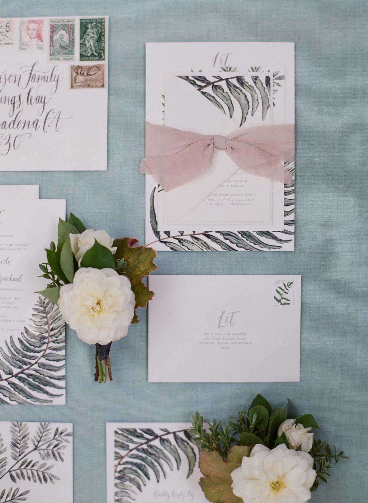 Lauren_Travis_Backyard_California_Wedding (c) Greg_Finck-007.jpg