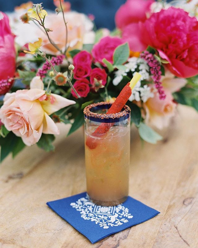 Cheers! We wove B&Ms crest through out their special celebration for a little extra fiesta fun! Also those flowers by @oakandtheowl😍!!! Photo by @_mikeradford, planning by @amorology 🎉