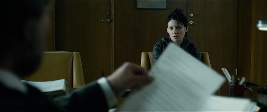 Dragon Tattoo-00:36:12.jpg
