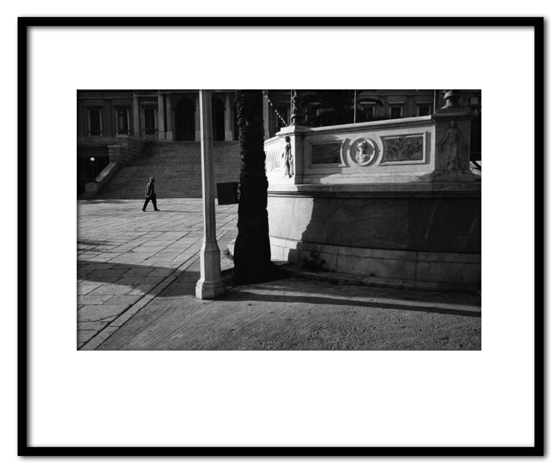 Syros Plaza 1976.jpg