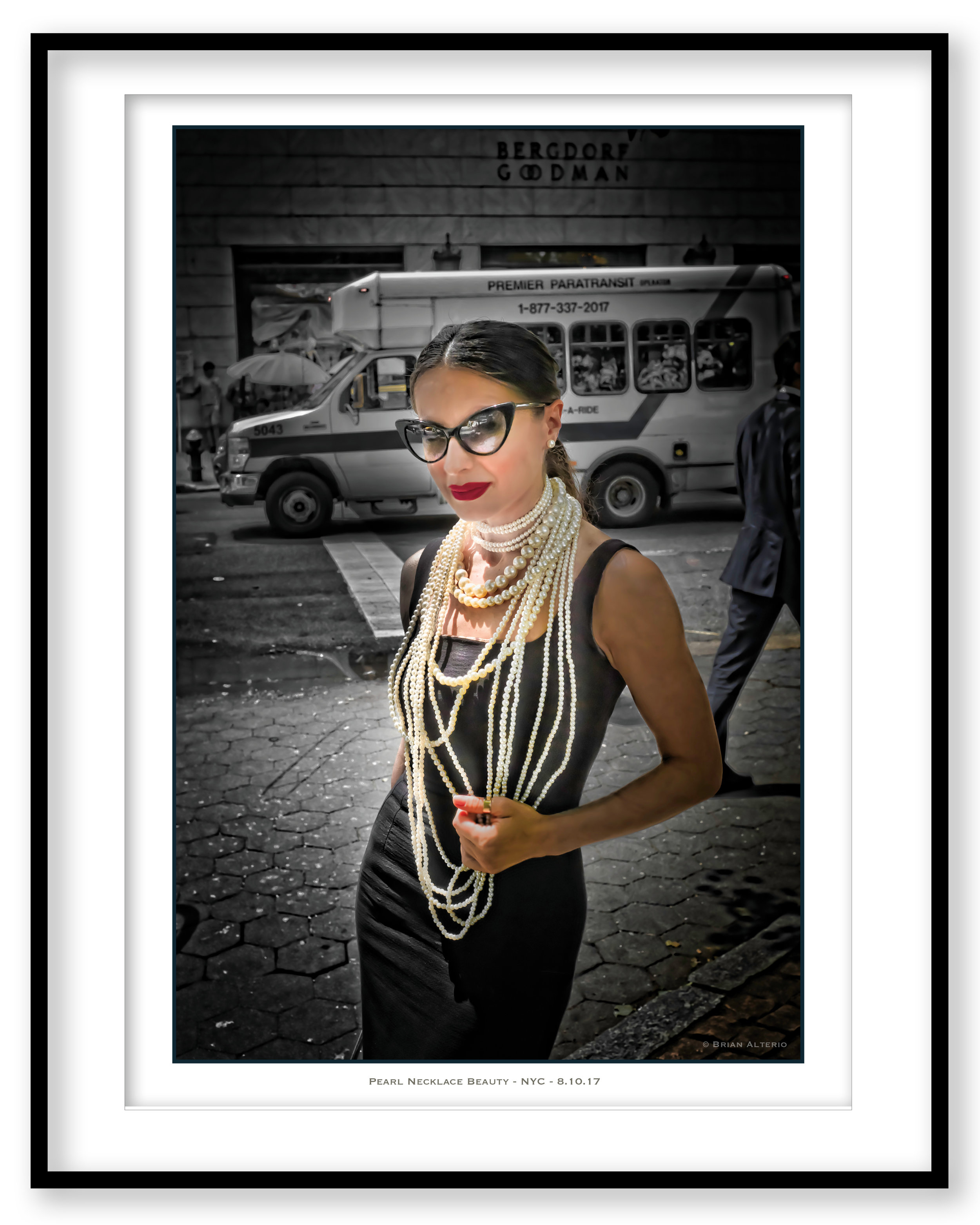 Pearl Necklace Beauty - NYC - 8.10.17 - Framed.jpg