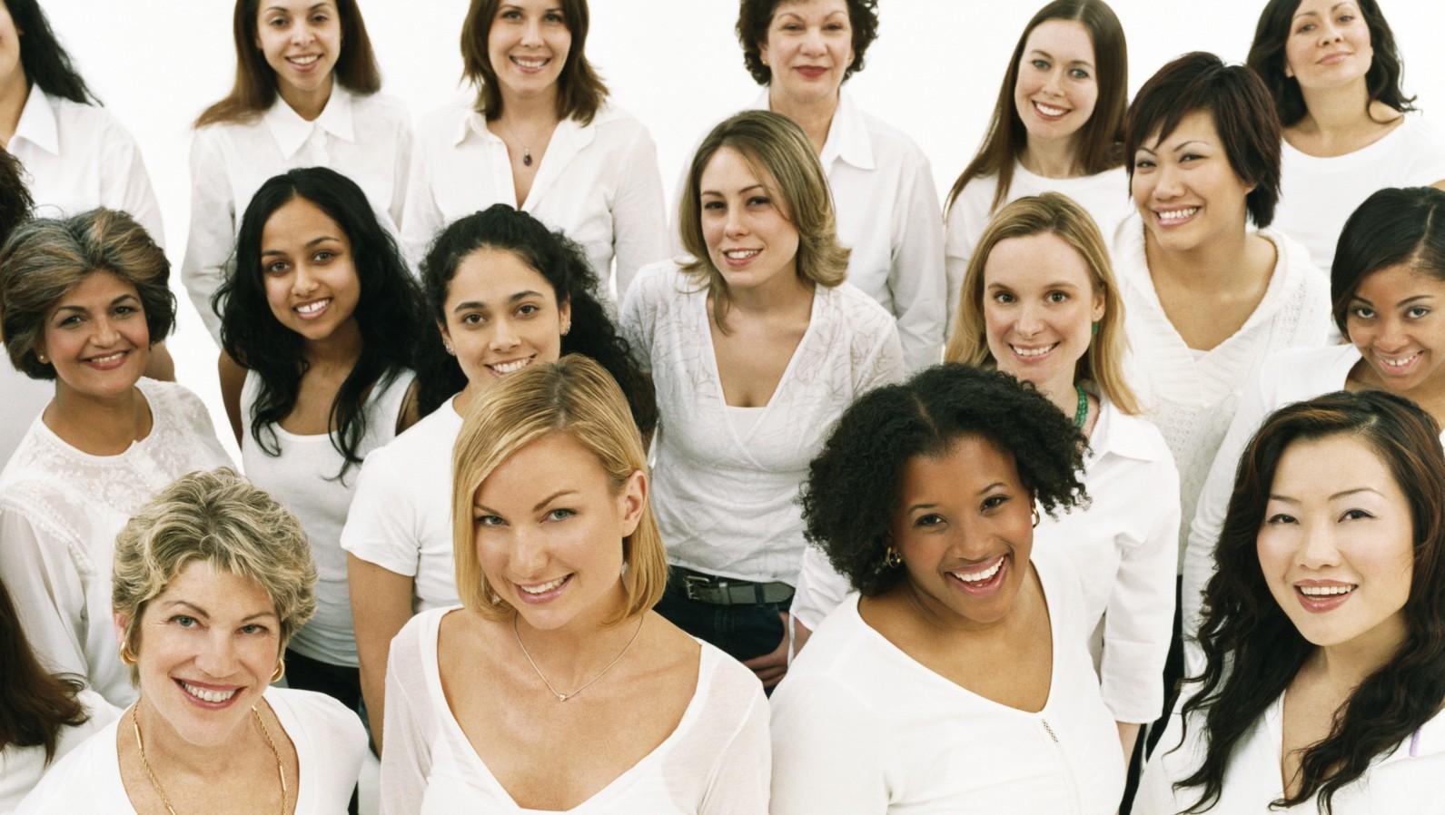 Women-supporting-Women.jpg