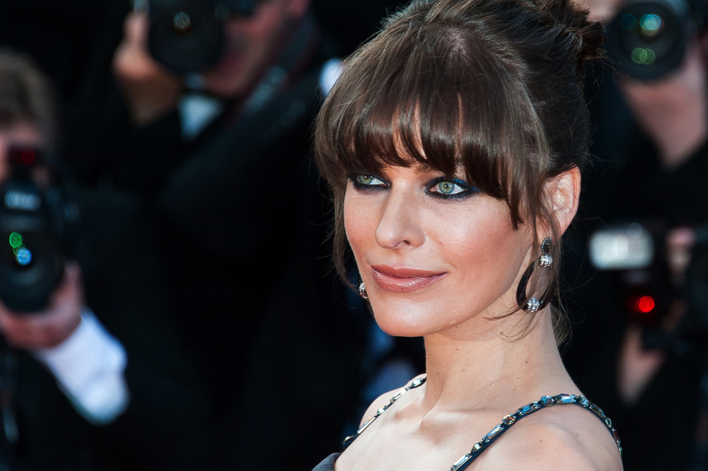 Milla+Jovovich+Behind+Candelabra+Premieres+oGSncXd26vix.jpg