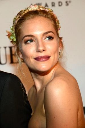 Sienna-Miller-Tony-Awards.jpeg
