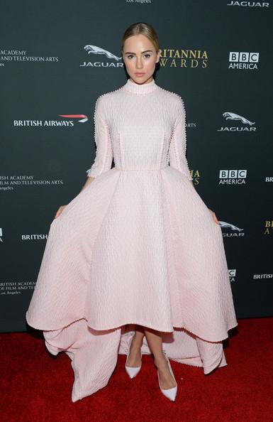 Suki+Waterhouse+Stars+BAFTA+LA+Britannia+Awards+9GTB1J2RUSOl.jpg