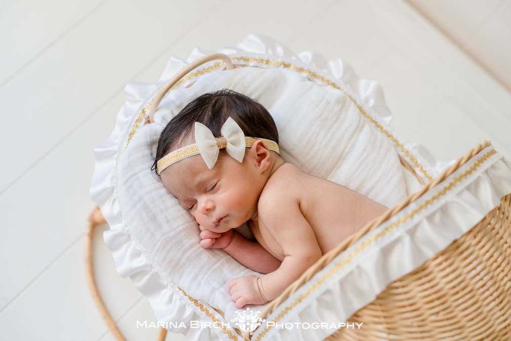 MBP.eva newborn family-3.jpg