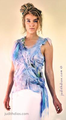 Judith Dios chemise front web 400 px (100 of 1).jpg