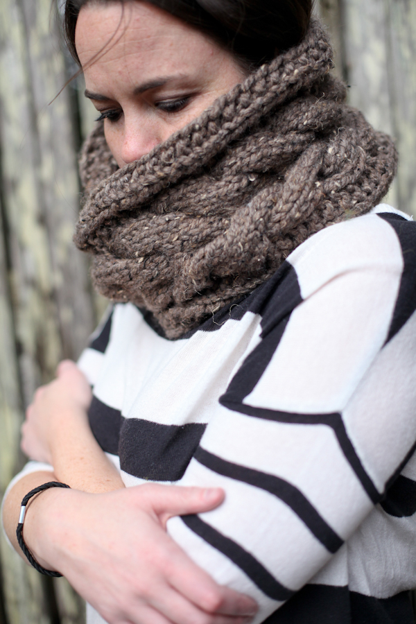 1101 infinity scarf07.JPG