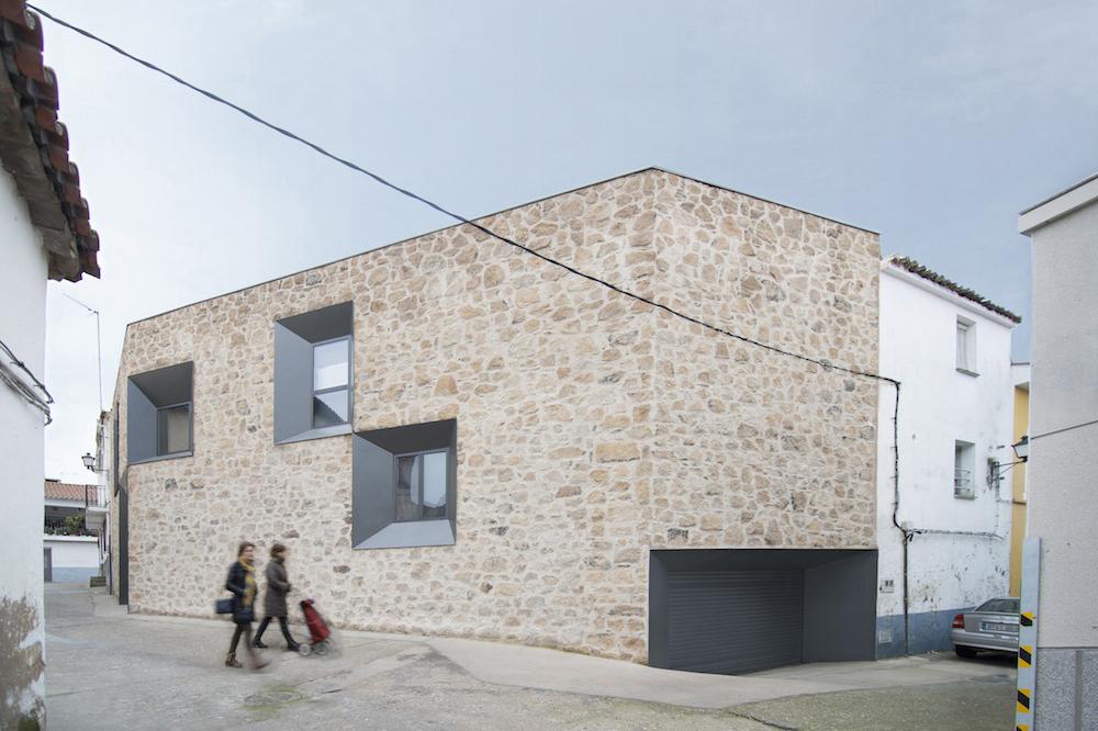 Stone House - Ramiro Losada-Amor - Alberto Garcia Jimenez 05.jpg